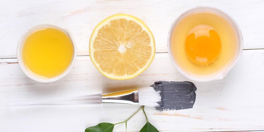 Mặt nạ lòng trắng trứng gà với nước cốt chanh cho da dầu nhờn