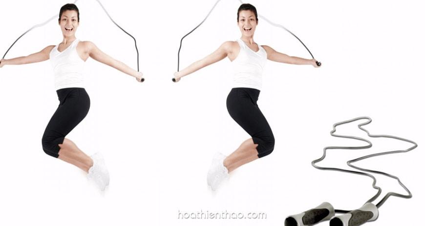 Cách nhảy dây vặn mình đánh tan mỡ bụng